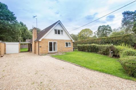Dipley Common, Hartley Wintney, Hook, RG27. 4 bedroom property for sale