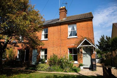 Mildmay Terrace, Hartley Wintney, Hook, RG27. 2 bedroom end of terrace house for sale