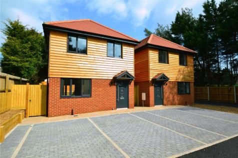 The Pines, St. Leonards, Ringwood, BH24. 3 bedroom detached house