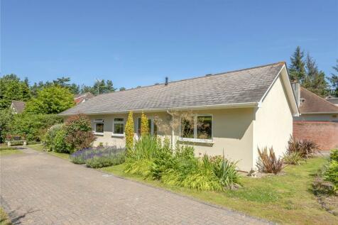 Castleman Gardens, Ashley Heath, Ringwood, BH24. 4 bedroom bungalow