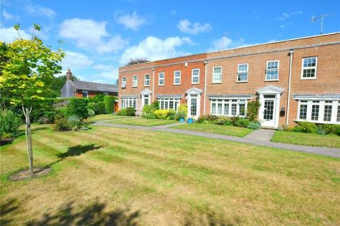 Merton Grove, Ringwood, Hampshire, BH24. 3 bedroom terraced house
