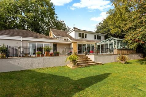 Abbots Leigh Road, Leigh Woods, Bristol, BS8. 4 bedroom detached house
