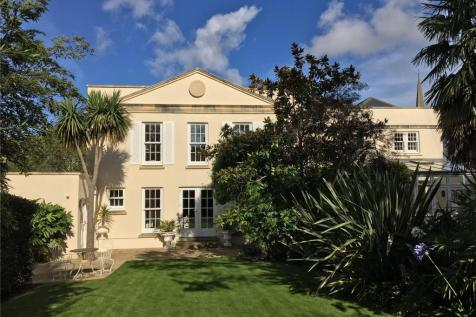 Camp Road, Clifton, Bristol, BS8. 5 bedroom detached house