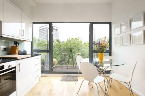 Riverside House, Welsh Back, Bristol, BS1. 3 bedroom apartment for sale