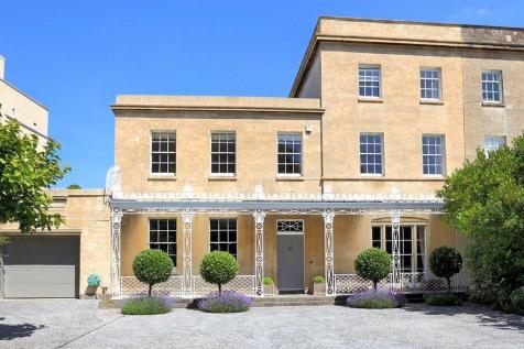 Litfield Place, Clifton Down, Bristol, BS8. 5 bedroom semi-detached house