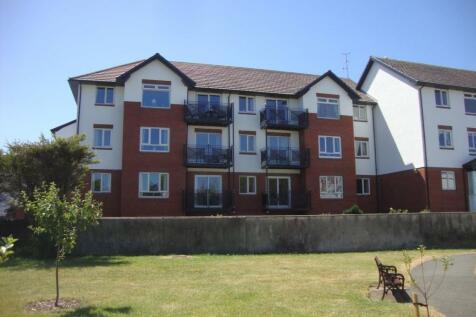 Penrhyn Avenue, Rhos On Sea, Colwyn Bay, North Wales - Apartment / 1 bedroom apartment for sale / £85,000