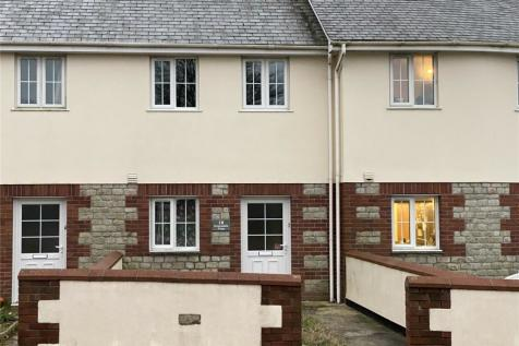 Robartes Road, St. Dennis, St. Austell, PL26. 2 bedroom terraced house