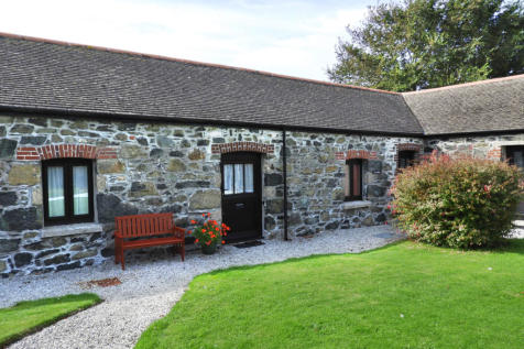 Mullion TR12. 1 bedroom barn conversion