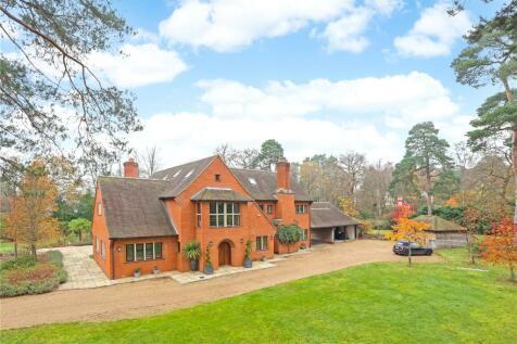 Monks Well, Farnham, Surrey, GU10. 5 bedroom detached house for sale