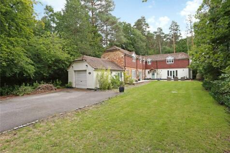 Latchwood Lane, Lower Bourne, Farnham, Surrey, GU10. 4 bedroom detached house for sale