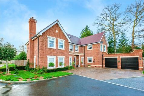 The Spinney, Gerrards Cross, Buckinghamshire, SL9. 5 bedroom detached house for sale