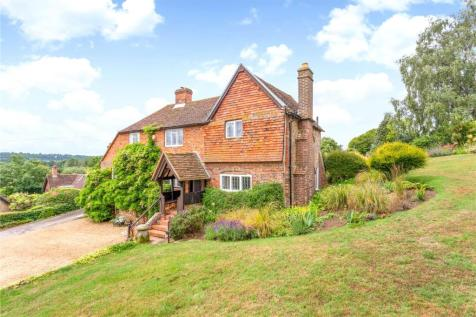 Polsted Lane, Compton, Guildford, Surrey, GU3. 4 bedroom detached house