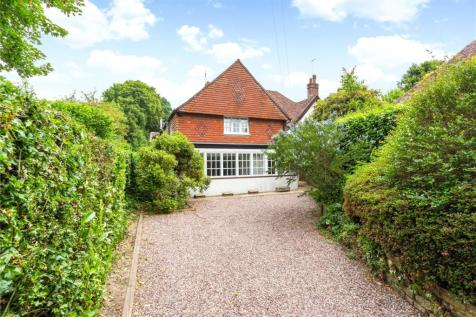 Church Lane, Haslemere, Surrey, GU27. 4 bedroom semi-detached house