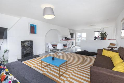 Princelet Street, Spitalfields, E1. 3 bedroom terraced house for sale