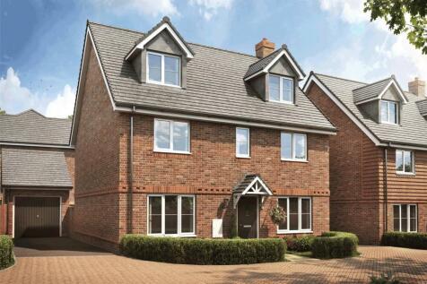 Oak Park, Longmoor Road, Liphook, Hampshire, GU30. 5 bedroom detached house for sale