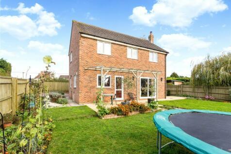 Stonehill Lane, Southmoor, Abingdon, Oxfordshire, OX13. 4 bedroom detached house