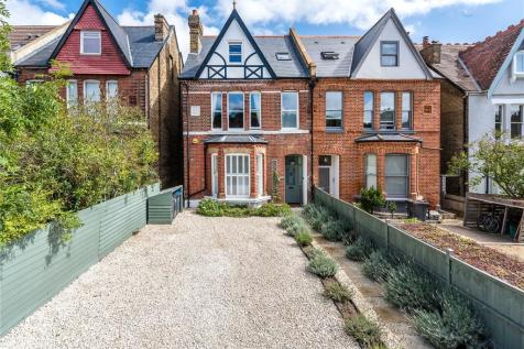 Auckland Road, London, SE19. 5 bedroom semi-detached house