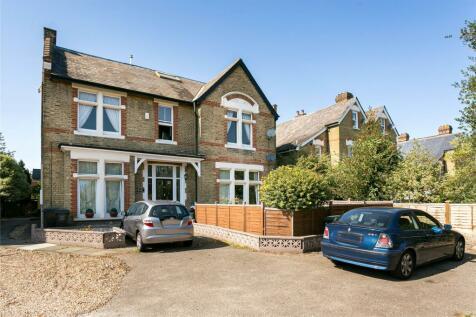 Trewsbury Road, London, SE26. 4 bedroom flat for sale