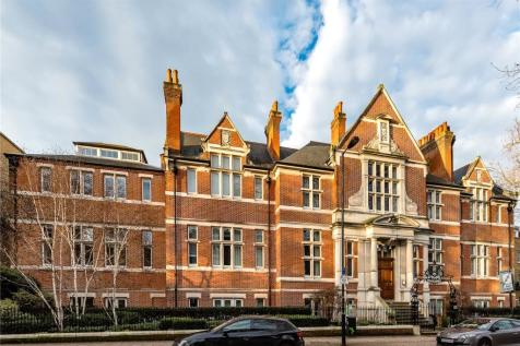 Mary Datchelor House, 2D Camberwell Grove, London, SE5. 3 bedroom flat for sale