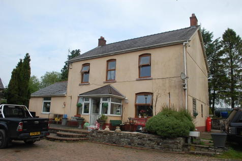 Ty Croes CARMARTHENSHIRE. 3 bedroom detached house