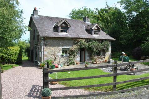 Llansadwrn CARMARTHENSHIRE. 3 bedroom cottage