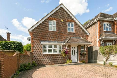 The Drive, Watford, Hertfordshire, WD17. 3 bedroom detached house for sale