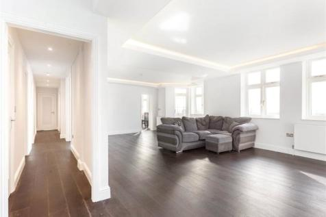 Palace Court, 250 Finchley Road, London, NW3. 3 bedroom flat for sale