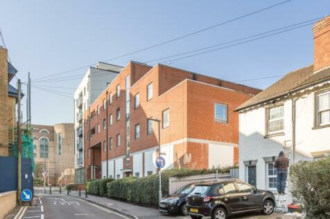 Loates Lane Watford WD17. 2 bedroom apartment