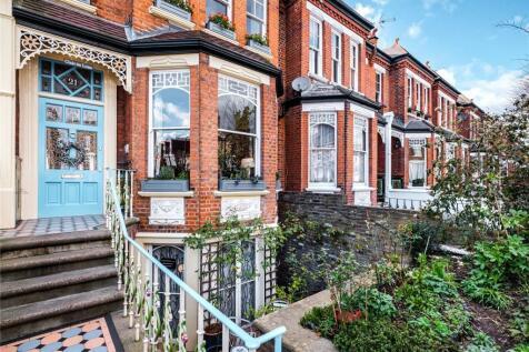 Parkholme Road, London, E8. 6 bedroom terraced house