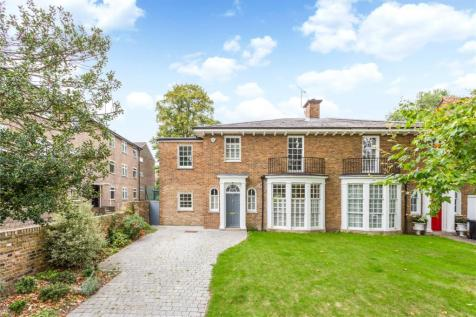 Canonbury Park South, London, N1. 5 bedroom semi-detached house