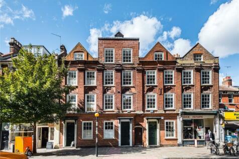 Newington Green, London, N16. 6 bedroom terraced house for sale