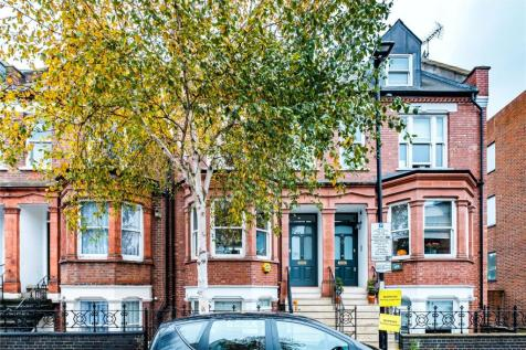 Horsell Road, London, N5. 3 bedroom terraced house for sale