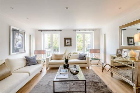 Holland Villas Road, London, W14. 3 bedroom terraced house