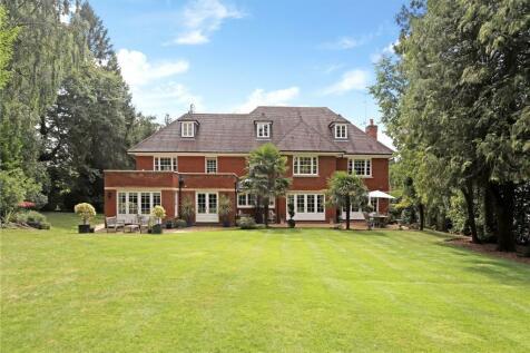 Devenish Lane, Sunningdale, Berkshire, SL5. 6 bedroom detached house for sale