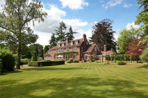 Coronation Road, Ascot, Berkshire, SL5. 8 bedroom detached house for sale