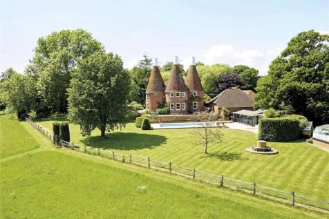 Ludpit Lane, Etchingham, East Sussex, TN19. 6 bedroom detached house
