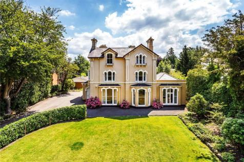 Broadwater Down, Tunbridge Wells, Kent, TN2. 7 bedroom detached house