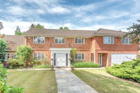 Weybridge Park, Weybridge, Surrey, KT13. 5 bedroom detached house for sale