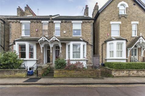 Park Road, East Twickenham, TW1. 4 bedroom semi-detached house