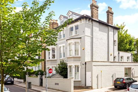 Cardigan Road, Richmond, TW10. 5 bedroom semi-detached house