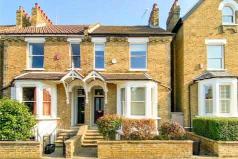 Park Road, East Twickenham, TW1. 4 bedroom semi-detached house for sale