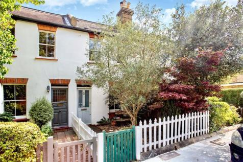 Ham Street, Richmond, TW10. 2 bedroom terraced house