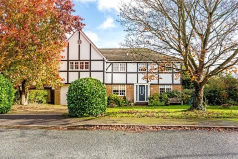 Illingworth, Windsor, Berkshire, SL4. 7 bedroom detached house for sale