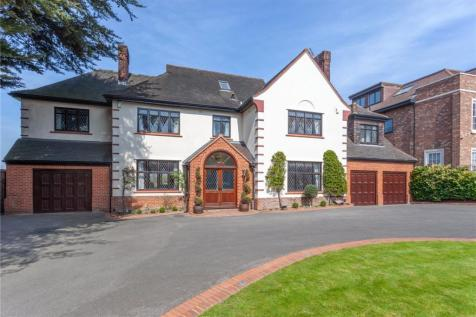 Manor Road, Chigwell, Essex, IG7. 8 bedroom detached house for sale
