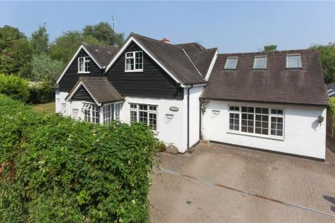 Lippitts Hill, Loughton, Essex, IG10. 5 bedroom detached house for sale