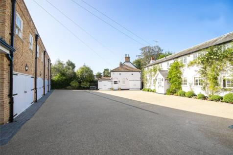 Manor Road, High Beech, Loughton, Essex, IG10. 5 bedroom detached house for sale