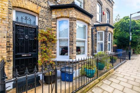 Searles Road, London, SE1. 3 bedroom house for sale