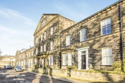 Flat 8 in 9-11 Balmoral Place. 1 bedroom apartment