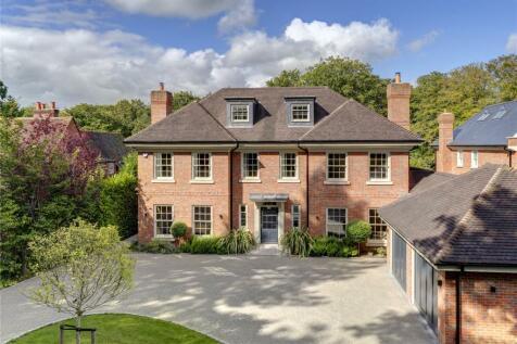 Westfield Road, Beaconsfield, Buckinghamshire, HP9. 6 bedroom detached house for sale