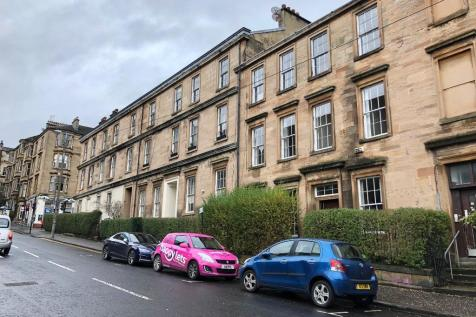 Gibson Street, Kelvinbridge, Glasgow, G12. 3 bedroom flat